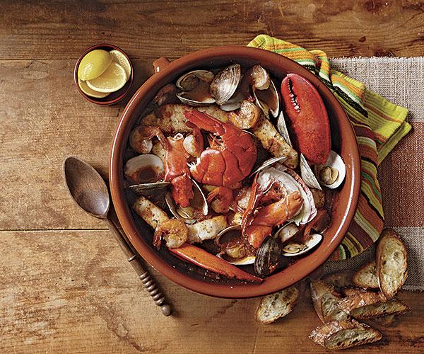 051139081-01-seafood-romesco-sauce-recipe_xlg